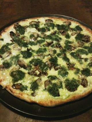 wild leek (ramp) pesto pizza | Food - Pizzas, breads, tarts | Pintere ...