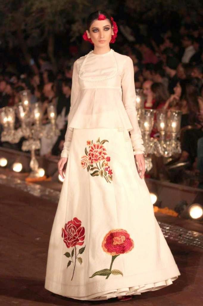 Stylettos Bride Wills Lifestyle India Fashion Week Spring