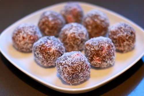 Paleo - Primal Blueprint Nutty Strawberry Protein Balls