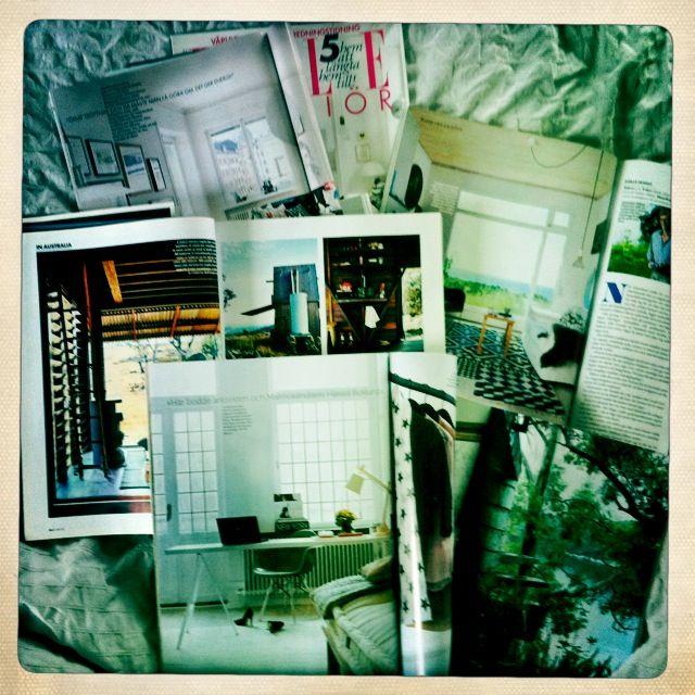 Hacer una seleccion física de revistas de inspiración para diseñar y almacenarlas en marcos varias juntas O DE OTRO MODO QUE SEA MUY VISIBLE