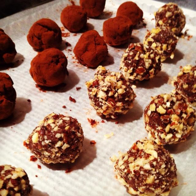 Homemade truffles | Desserts | Pinterest