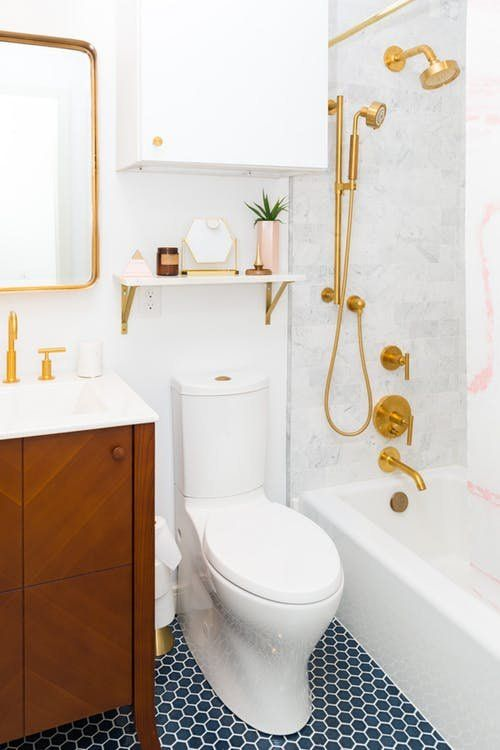 7 Small Bathroom Remodels That Totally Wowed Us