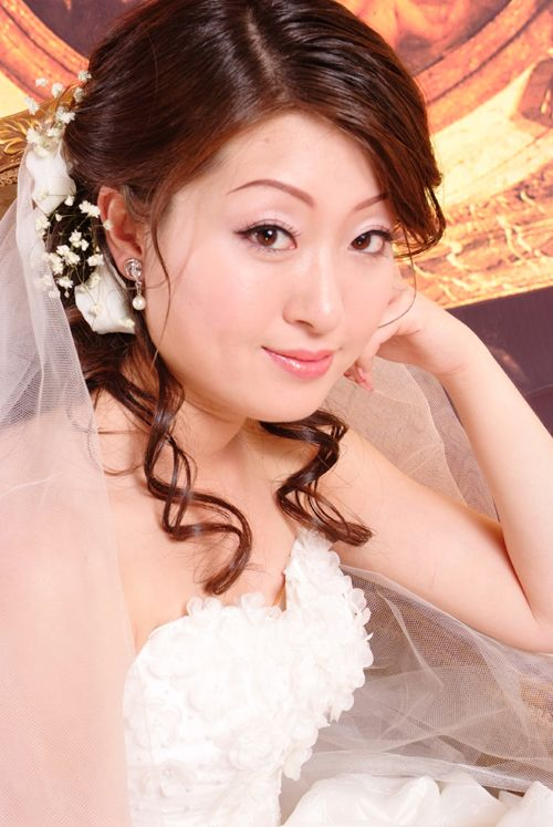 Beautiful brides and girls picture downloads Bride