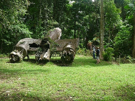 Wwii Japanese Aircraft Madang Papua New Guinea