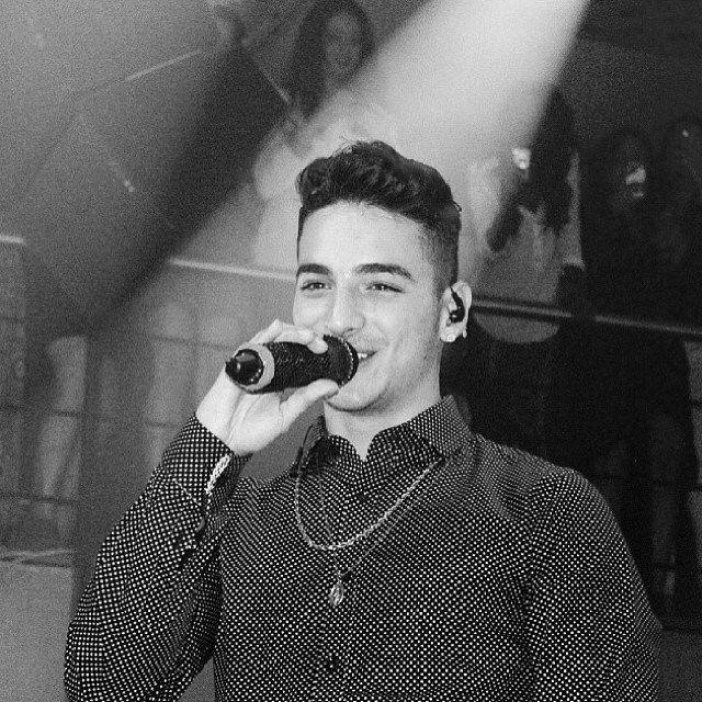 cantando | Juan luis londoño arias Maluma | Pinterest Cantando