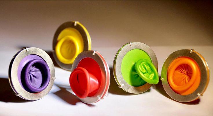 Morgane Fieschi Bijoux -     Broches Ballons - elles font 4cm de diamètre, ép 3,8mm - 260€