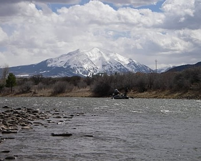 Roaring fork river fishing report fish with fly pinterest for Roaring river fishing
