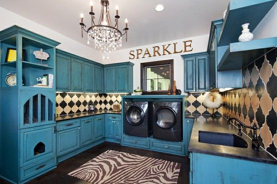 love this laundry room! sparkle :)