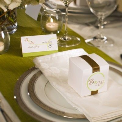 Candy boxes as placecards wedding examples for for Wedding place settings ideas