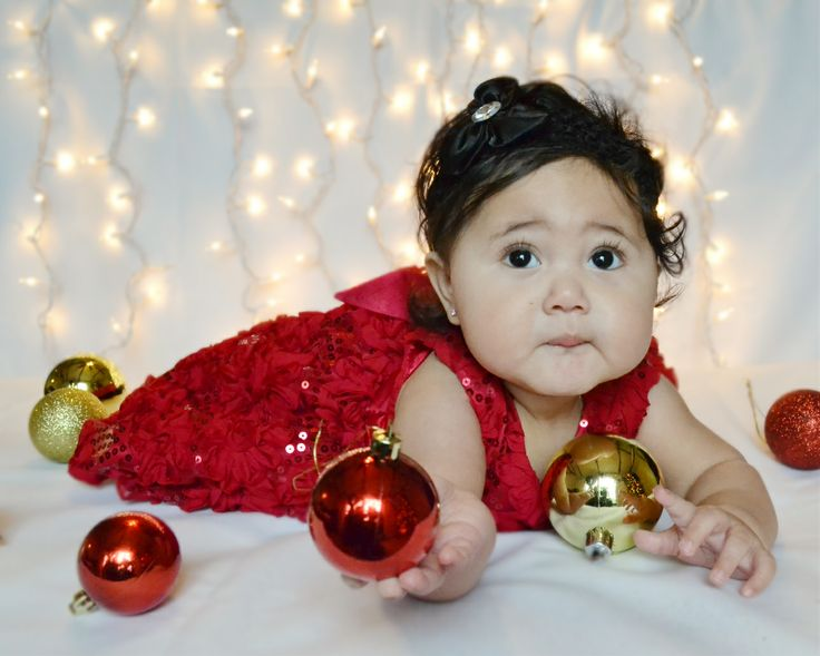 baby christmas photo- 7months