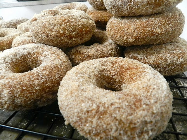 pumpkin spice doughnuts - yes please. (from Live Simply)