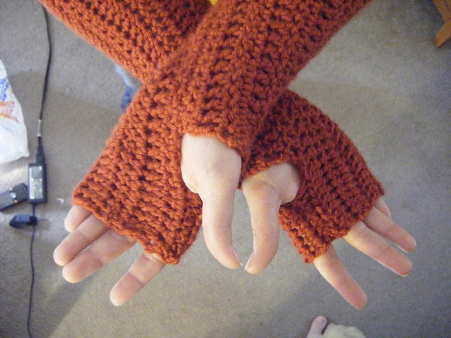 Crocheting With Arms : Crochet Arm Warmers Craft Ideas Pinterest