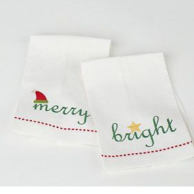 Merry & Bright Holiday Guest Towels - a fresh way to make the bath merry and bright for holiday guests