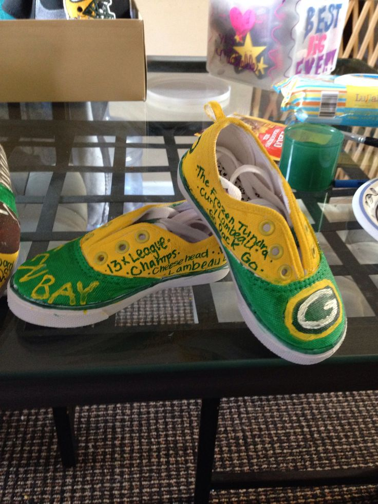 Packers shoes