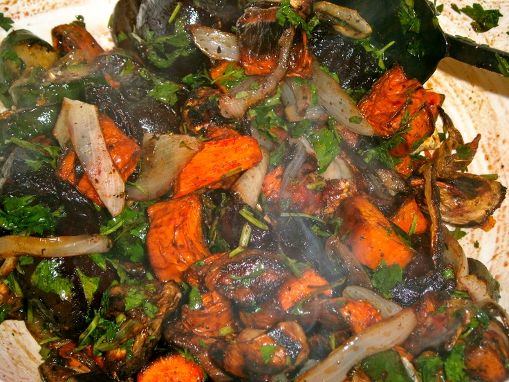 "roasted ""winter"" vegetables with balsamic glaze ( carrots, yams ..."