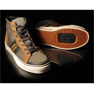 tops and spds :) covet. DZR Tosca Womens SPD Shoes at Biketart.com
