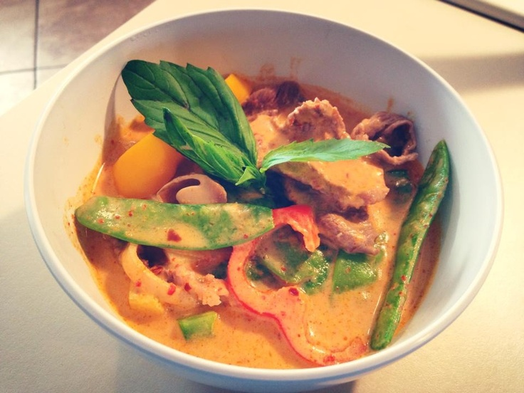 spicy Thai basil curry w/beef | Nourishment | Pinterest