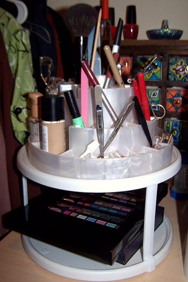Makeup organization get recreated diy pinterest - Lazy susan desk organizer ...