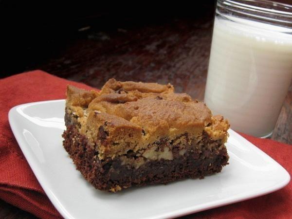 Praline brookies - brownie + chocolate chip cookie + chewy pecan ...