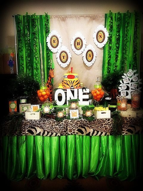 Dessert table at a Safari Jungle Party #safarijungle #party