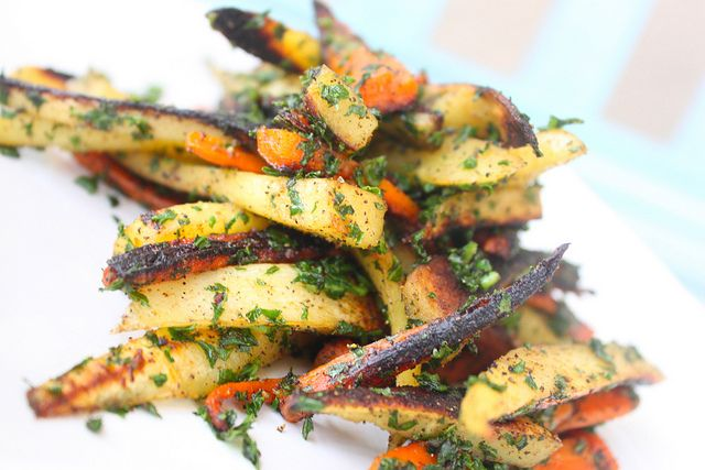 Roasted Parsnips and Carrots   Cooking amazing-ness   Pinterest