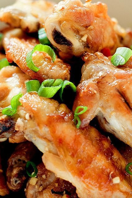 chicken wings momofuku style3 by acupofmai, via Flickr