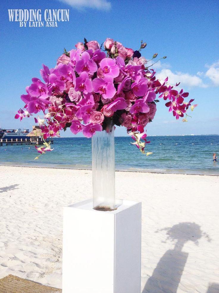 #lavender #purple #fucsia #deluxe #ceremonydecor #beachceremony #destinationweddings #weddingcancun by #latinasia