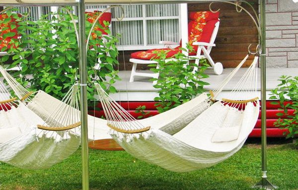 Triple Hammocks — Great Seating Solutions for ... | Outdoor Design Id…