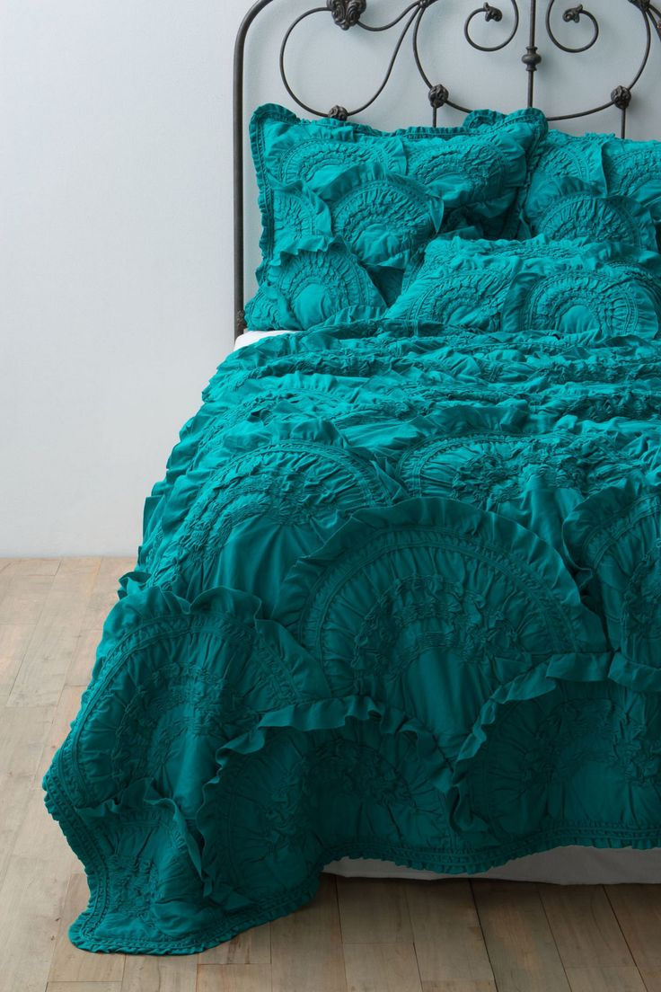 Teal quilt #anthropologie   Turquoise & Teal   Pinterest
