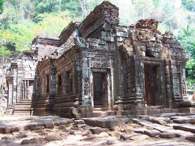 Khu di sản văn hóa Wat Phu