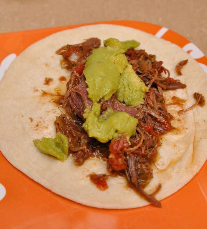 Shredded beef tacos | CrockPot Mondays | Pinterest