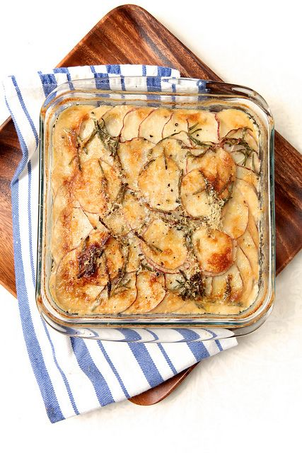 La Buena Vida: Potato Parsnip Gratin with Rosemary & Gruyère | Yummy ...