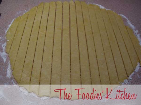 Pate Brisee (pie dough) by The Foodies' Kitchen, via Flickr