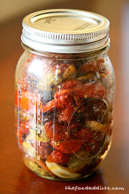Oven dried cherry tomatoes - plus some ideas for appetizers/pizza ...