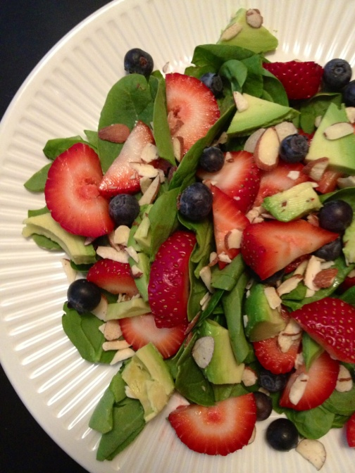 strawberry avocado spinach salad. | future trophy wife | Pinterest