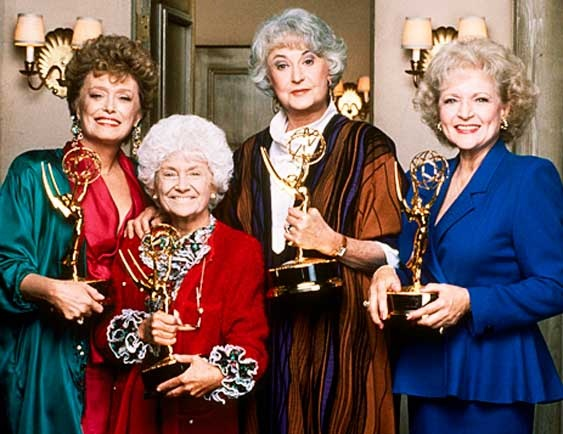 Betty white with golden girls cast worth a pin pinterest for How old was betty white in golden girls
