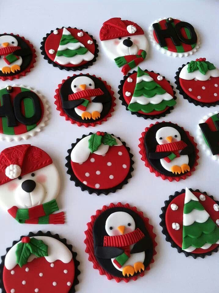 Christmas Cupcake Decorating Ideas Pinterest : Pin by Christina McMillan on cakes Pinterest