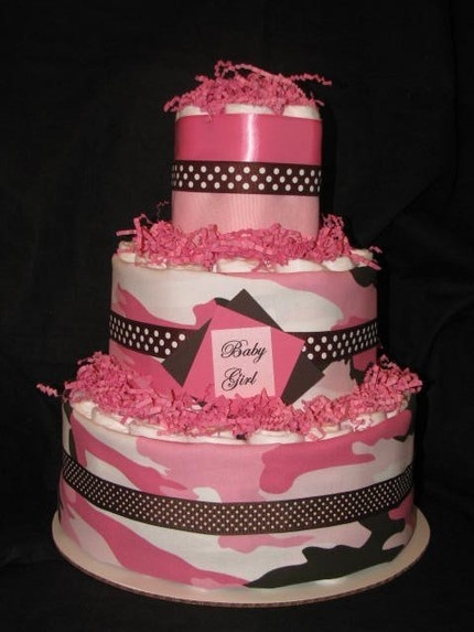 pink camo diaper cake for my army wife sister she would love this