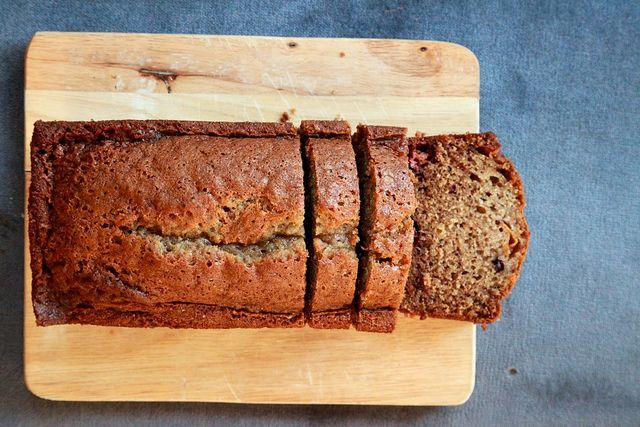 Ginger Persimmon Bread: Such a creative pairing!