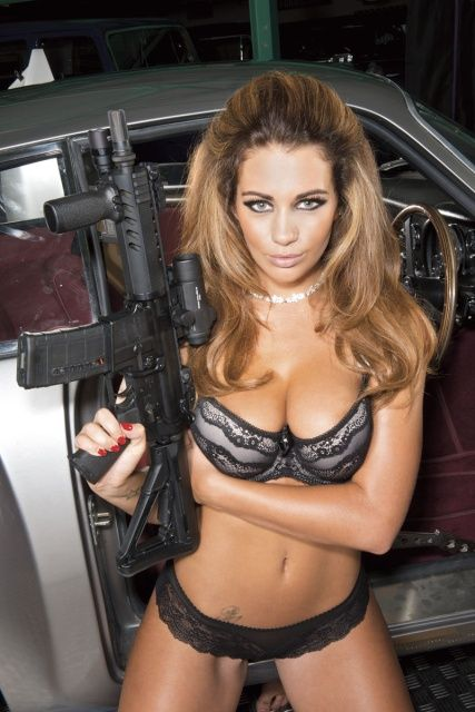 Holly Peers Hot Shots Behind The Scenes 2014 Calendar