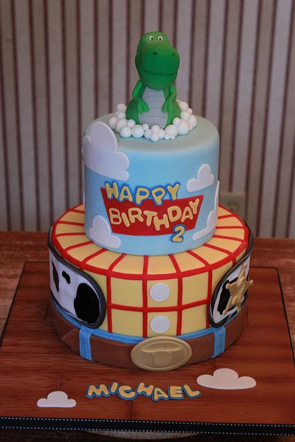 oh how my blue would looove this Toy Story cake!!! by Andrea's SweetCakes, via Flickr