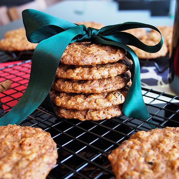 biscoff oatmeal cookies iced oatmeal cookies oatmeal raisin cookies ...