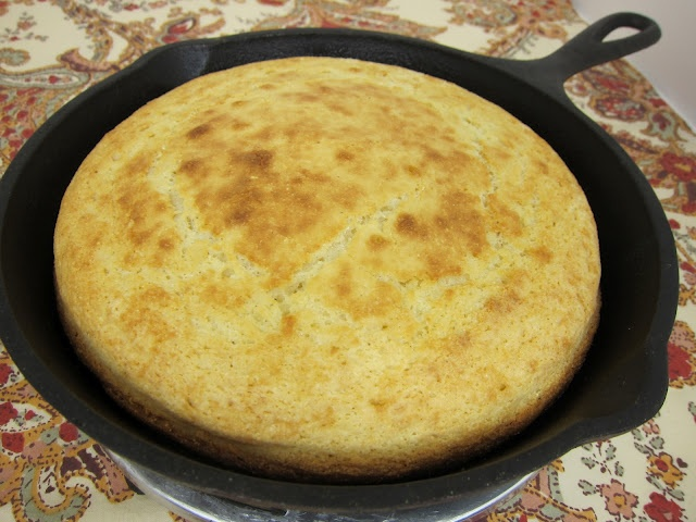Southern Corn Bread: This is how Nana taught me and it's the only way ...