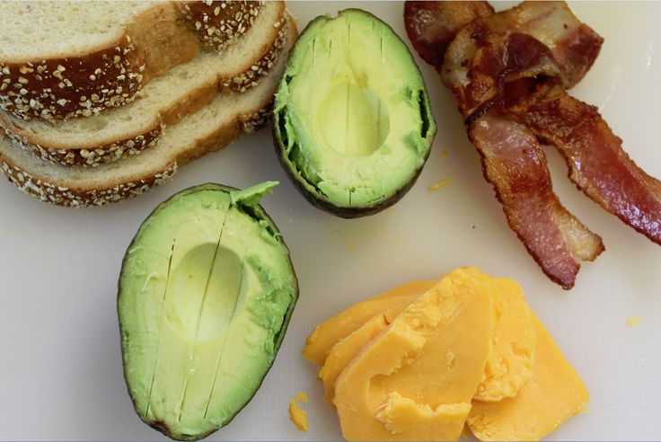 Bacon Avocado Grilled Cheese Sandwich Recipe. Dying to try this.