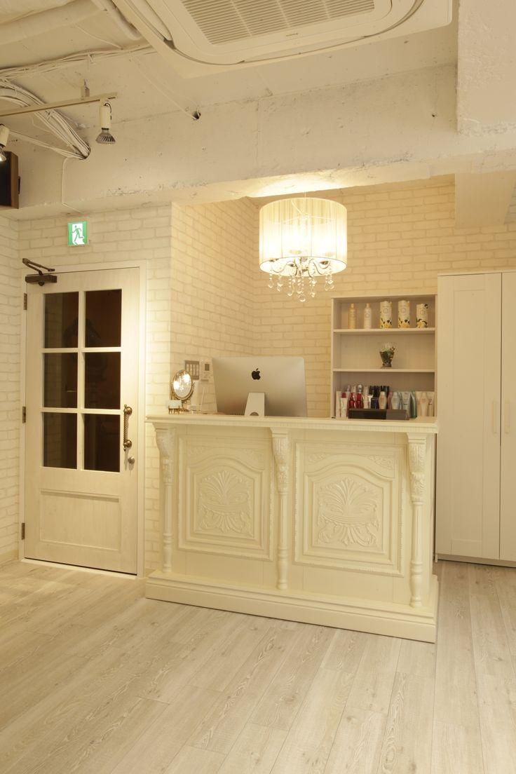Beauty salon interior design ideas reception hair for Beauty salon designs for interior