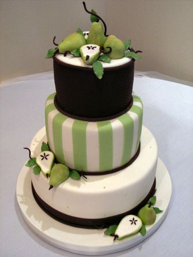 green-and-brown-wedding-cakes-301 | Wedding Flower Ideas