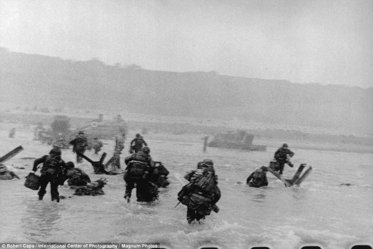 d day pictures omaha beach