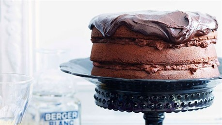 Yum, oh yum. Luscious chocolate layer cake