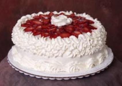 Strawberry Dream Cake Recipe | cakes | Pinterest