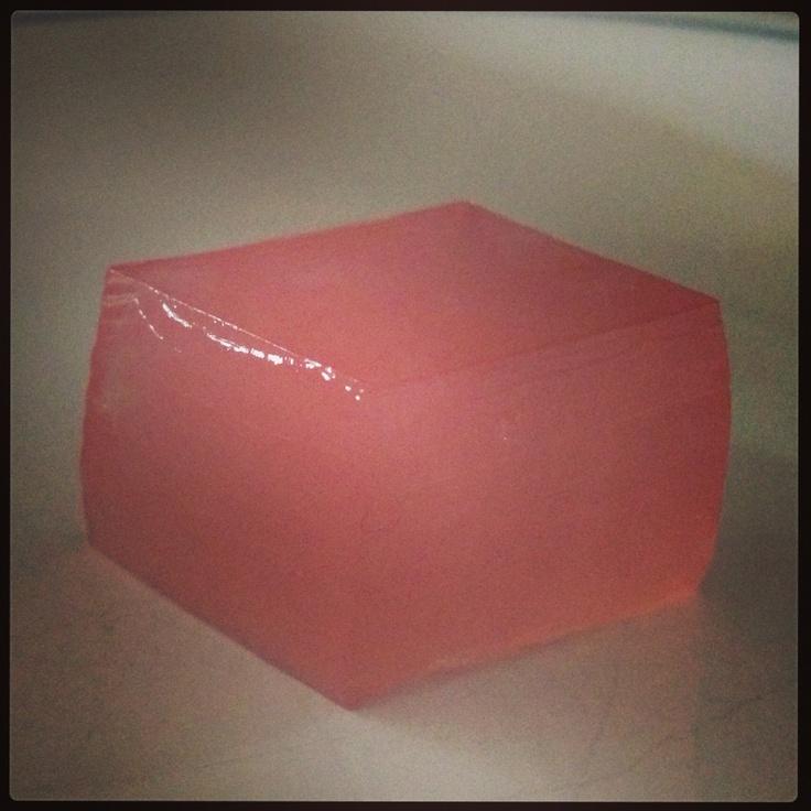 Vodka Pink Lemonade jello shot | Gourmet Jello Shots | Pinterest